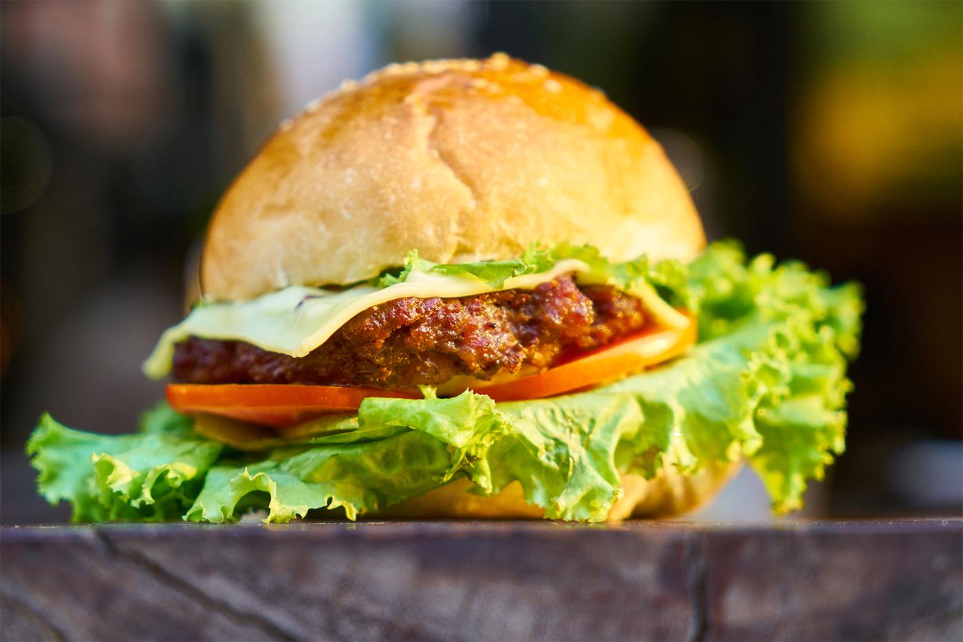 go for gourmet burgers top restaurant prices. Black Bedroom Furniture Sets. Home Design Ideas